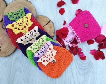 rainbow crochet purses with linen MC