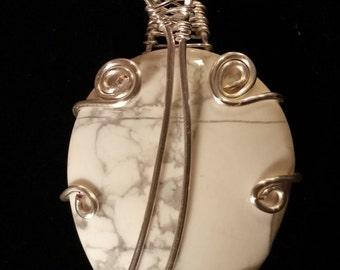 White stone web pendant