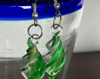 Light Green Spiral Glass Bead Earrings (Dangle)