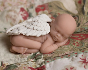 Sleeping Angel Baby sculpture for miscarriage, baby loss with wings - gender neutral