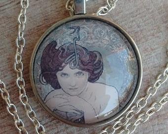 Emerald Necklace Mucha