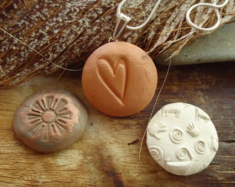 Aroma Diffusing Clay Necklace Interchangeable Aroma Button Essential Oils