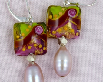 Lampworked glass bead & natural pink pearl earrings