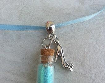 10 Pcs Princess Cinderella necklaces party favors.