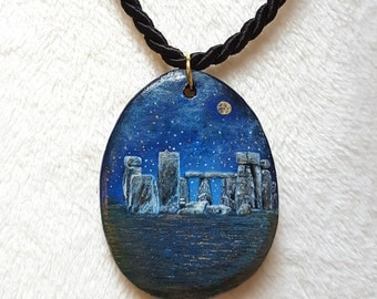 Pendants Stonehenge, hand painted with gold leaf,