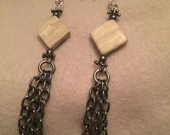 Cream Marble Gunmetal Earrings