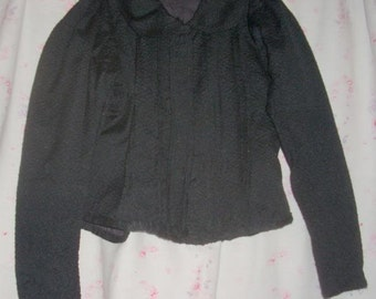 a little jacket or blouse former, 19 me for decoration or collection
