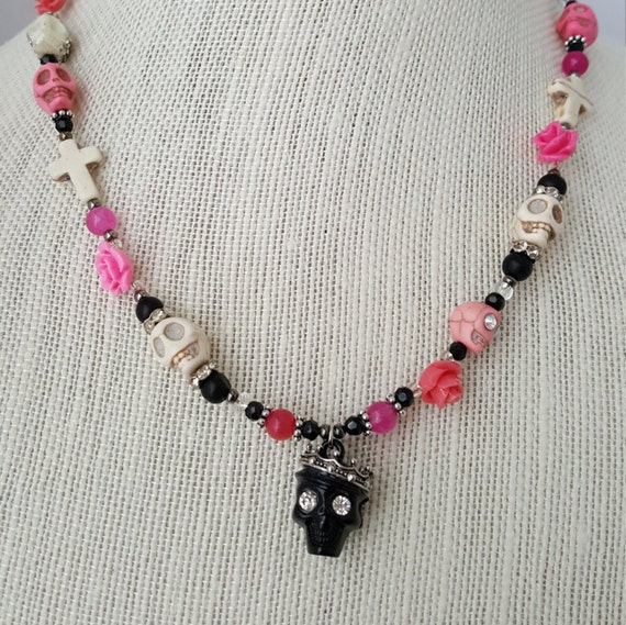 Day of the Dead sugar skull Goth necklace with coffin keepsake jewelry box