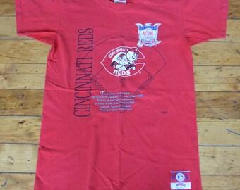 Vintage 90s Cincinnati Reds T-Shirt