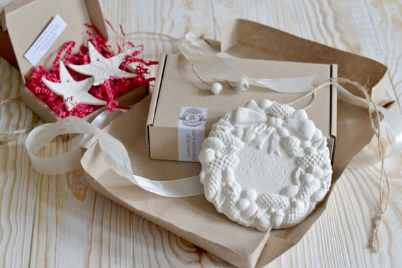 Free shipping, Christmas Decoration, Christmas Decor, Holiday Wreath, Door Wreath, Winter Wreath, Christmas ornament,Tree Ornament,Christmas