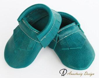 Shiny Teal Fringe Leather Baby Moccasins, Toddler Moccs, Toddler Moccasins, Baby Crib Shoes