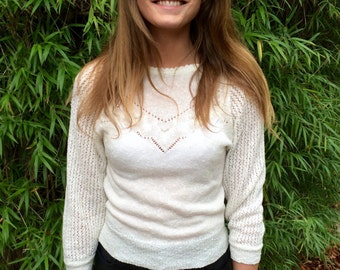 Size 8 cream jumper with pearl beads
