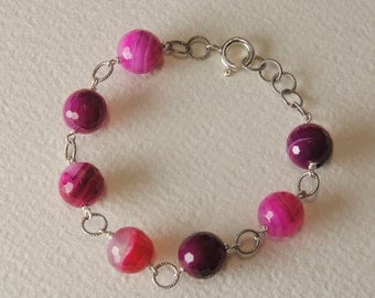 Agate bracelet and silver clasp 925%