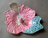 Ceramic Hibiscus Ring holder Bowl Coral with gold edging