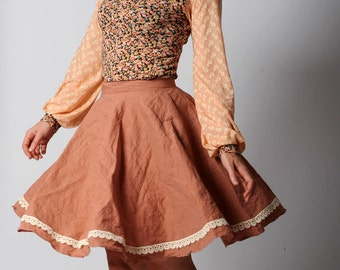 Dusty pink skirt, Full skirt, Very flared pink skirt, Crumpled cotton skirt with lace trim