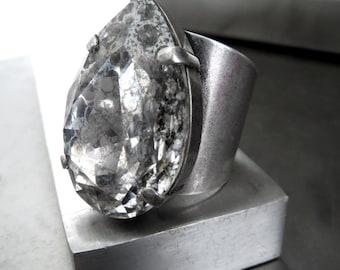 Large Teardrop Crystal Ring, Huge Swarovski Crystal Pear Shape Adjustable Cockail Ring, Silver Patina Crystal, Antiqued Silver Ring 4327