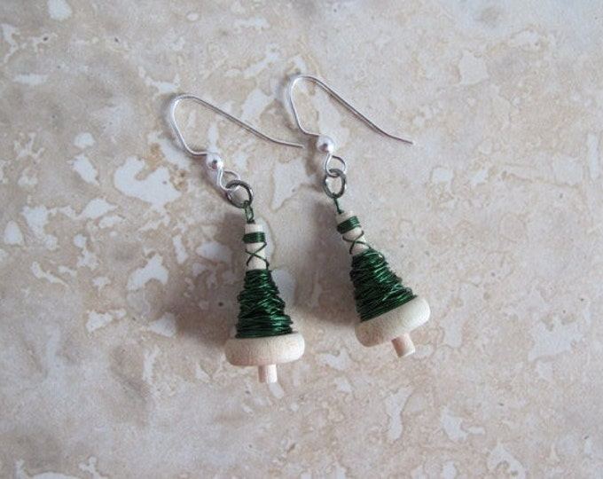 Emerald Green Drop Spindle Earrings