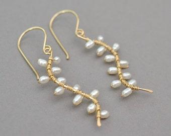 White pearl earrings, white pearl vine earrings, bridal earrings, bridal jewelry, Kahili Creation made in Hawaii