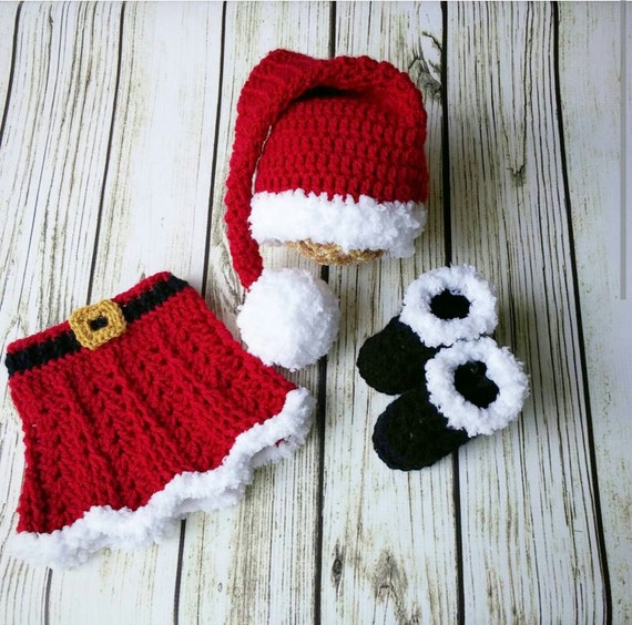 Baby girl Santa Outfit ,Christmas Skirt, Mrs clause outfit, crochet Santa suit, newborn photo prop, babys first christmas outfit