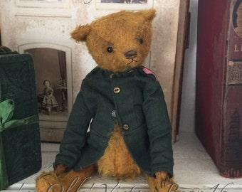 "8.5"" 'ye Olde' Victory Bear 16"