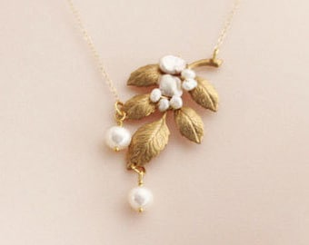 Gold Pearl Leaf Necklace , Leaf Wedding Necklace,  Freshwater Pearl Necklace 14 karat Gold Filled