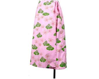 Vintage 70s Skirt - Vested Gentress Skirt - Novelty Print Skirt - 70s Wraparound Skirt - Pink Green - Frogs - Lily Pads - 70s Novelty Print