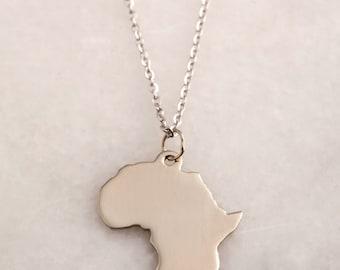 10K White Gold Africa + Diamond