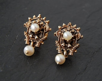 14k Gold and Pearl Earrings: Victorian style jewelry, vintage earrings, post earring, white pearl, Renaissance jewelry, antique earrings