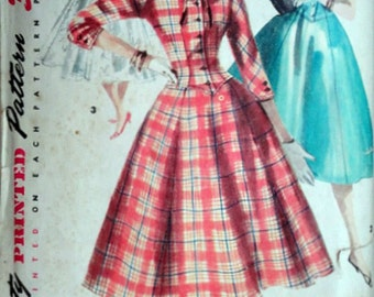 Vintage 50's Simplicity 1339 Sewing Pattern, Misses' One-Piece Dress and Detachable Collar, Size 12, 30 Bust, Day or Evening Dress