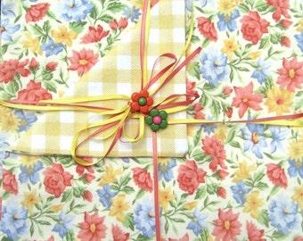 Vintage - Cotton Napkins - Reversible - Picnic - Luncheon - Item #N0008