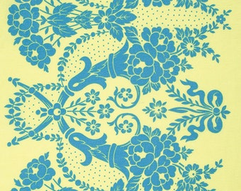 Sale - 2 yards - Beauty Queen by Jennifer Paganelli - Valerie JP083 Yellow