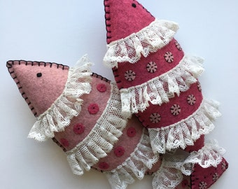 Fish plush, fish wall decor, nautical nursery decor, raspberry pink felt and antique French lace, hand sewn OOAK by HibouDesigns