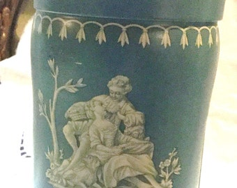 Chippy Shabby Chic Blue Wedgwood Biscuit Cookie Tin