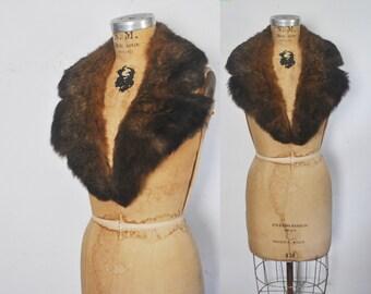 Genuine Opossum Fur Collar / 1970s boho