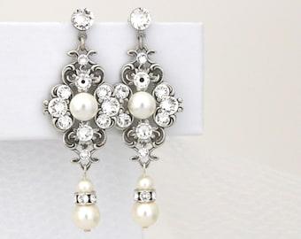 Pearl Bridal earrings, Crystal Wedding earrings, Bridal jewelry, Wedding jewelry, Vintage style earrings, Chandelier earrings, ASHLYN