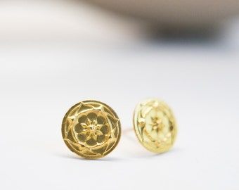 Solid Gold Studs Posts Earrings Luxury Jewelry High End Jewelry Special Occasion Anniversary 22k Gold 14k Gold Gift for Wedding Wife Bride
