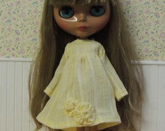 Butter Yellow Cotton-Gauze dress for Blythe