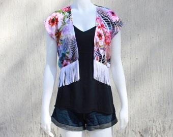 Summer Kimono with Fringe Crop Top Style // Bohemian Floral Print Kimono