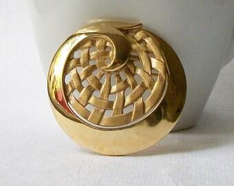 Vintage Circle Brooch