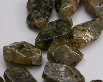 Green garnet rough beads, 17-21mm