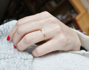 22k Gold Victorian Wedding Band dated 1865 / Solid 22ct Gold Thin Stacking Ring / Antique Love Token