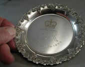 Vintage Queen Elizabeth 11 Coronation 1953 Souvenir  Dish in Silver plate Grape Pattern, British Collectibles, British Monarchy, Elizabeth
