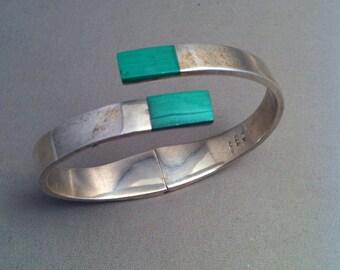 Modernist Mexican Sterling Malachite Clamper Bangle Bracelet, Elegant Sterling Bracelets, Fine Silver Jewelry, Modernist Jewelry,*USA ONLY*