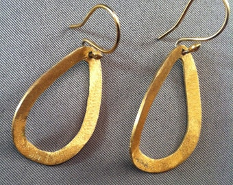 Vintage 925 Gold Vermeil Oblong Dangle Wire Earrings, Stylish Vermeil Earrings, Todeays Style, Earrings, Elegant Evening earrings