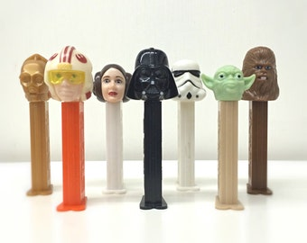 Star Wars Gift for Him, Star Wars Toys, Boba Fett, Princess Leia, Yoda, Darth Vader, C3PO, Set of 9 Star Wars PEZ Dispensers with PEZ Candy