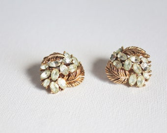 1950s Signed Trifari Crystal Rhinestone Clip-on Earrings