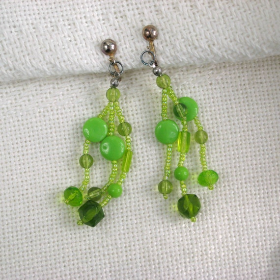 Green Costume Jewellery: Green Clip Earrings Vintage 70s Costume Jewelry By