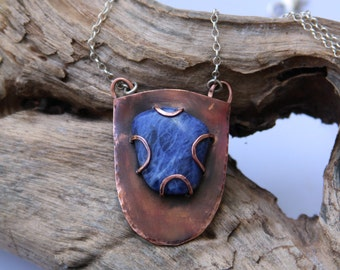 Copper pendant with sodalite - Hammered pendant - Sodalite pendant - Shield pendant - OOAK pendant