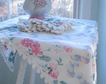 Vintage Set of Three, Runner and two doilies, Roses, Handmade, Shabby Chic, Cottage Charm, Shabby French, by mailordervintage on etsy