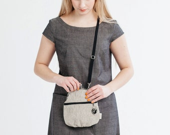 small cross body bag with zipper pocket, white sand